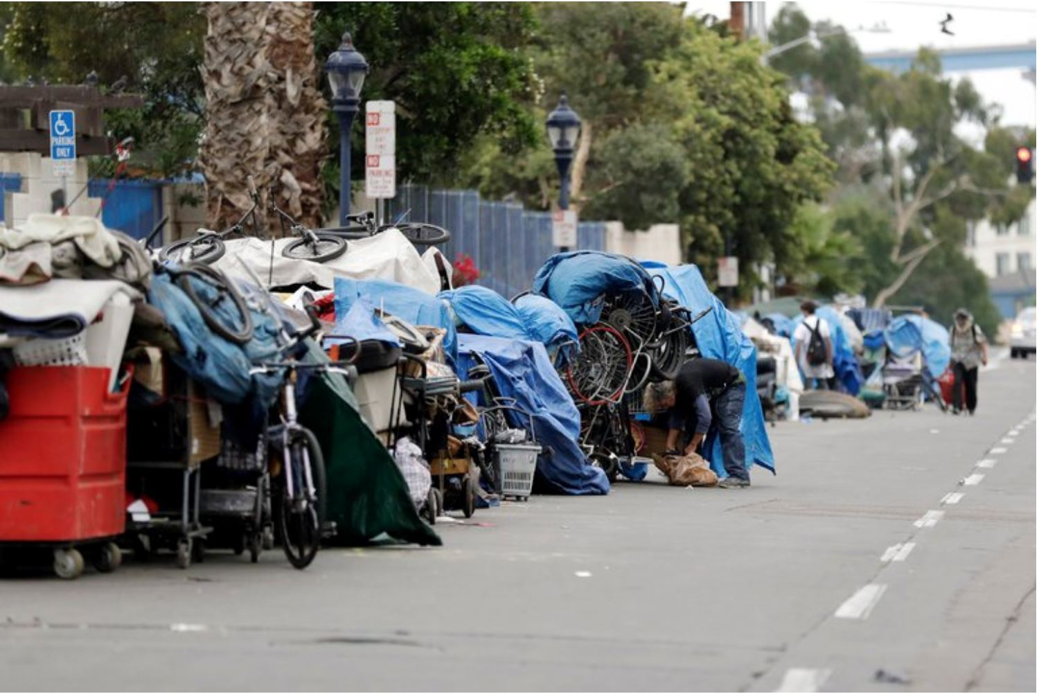 Down and Out in Los Angeles: Solving the City's Homeless Crisis