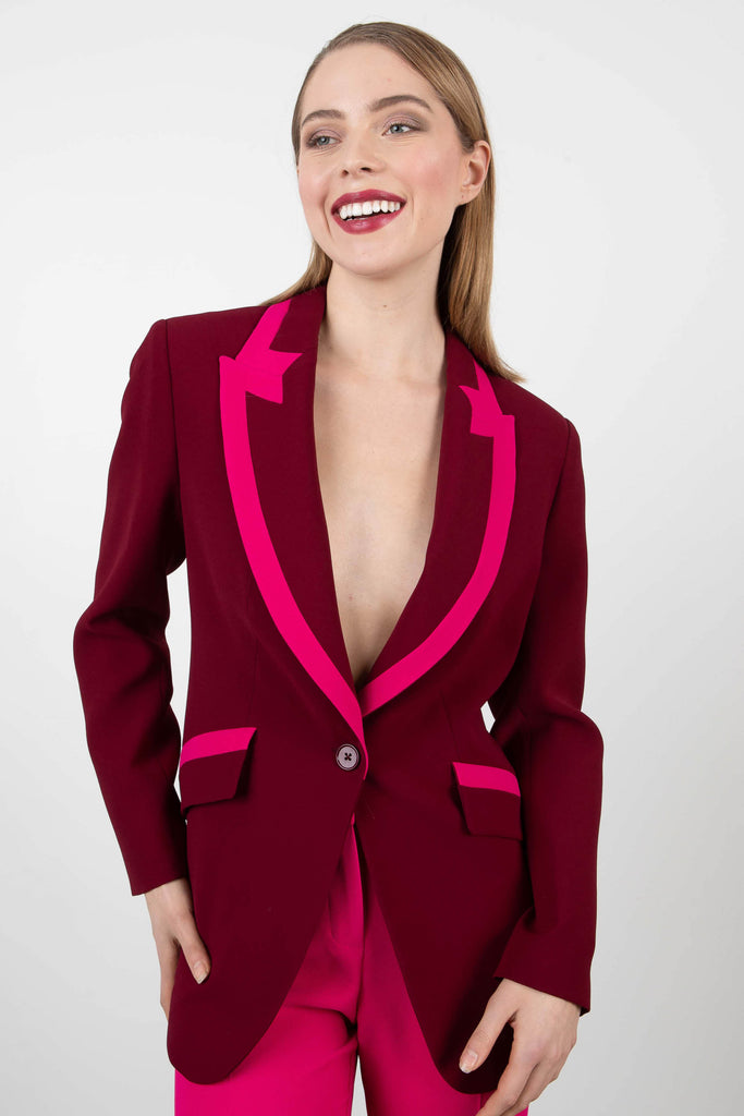 Exquise Winged Lapel Blazer
