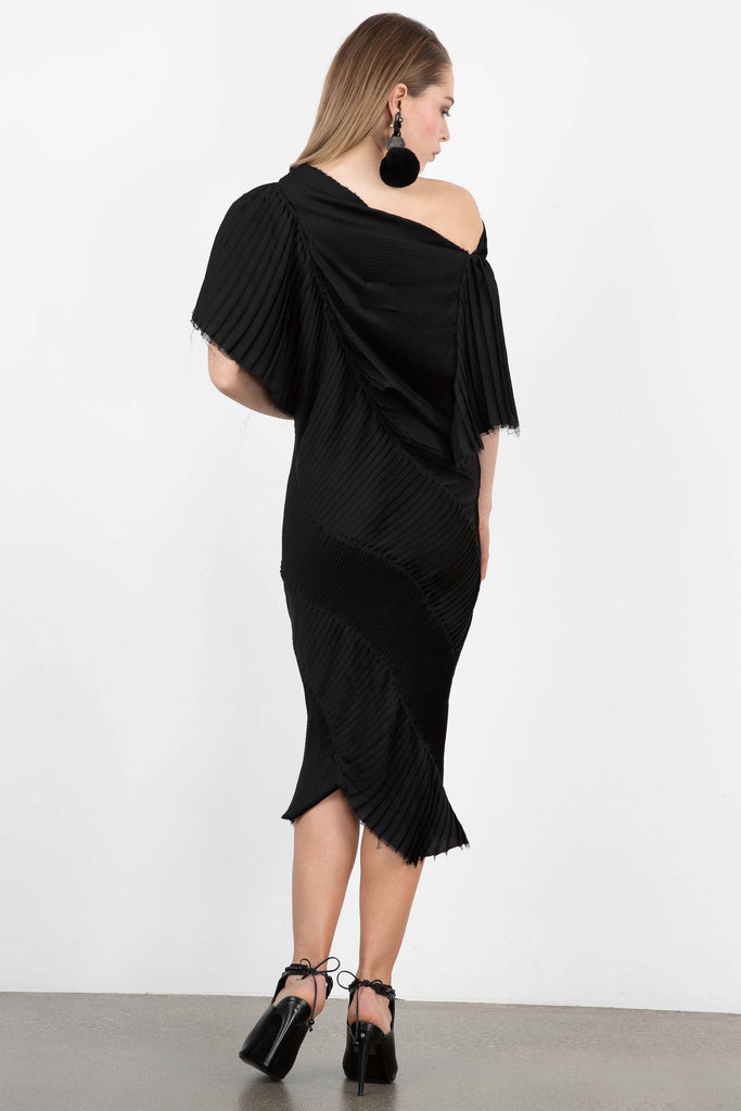 StoryTailors Atelier Raw Edge Pleated Dress