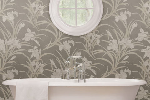 Sutble Botanical Floral Wallpaper in Bathroom