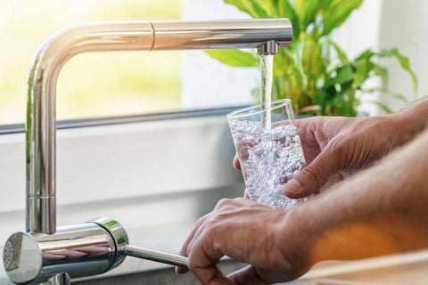 glass of tap water to help hangover