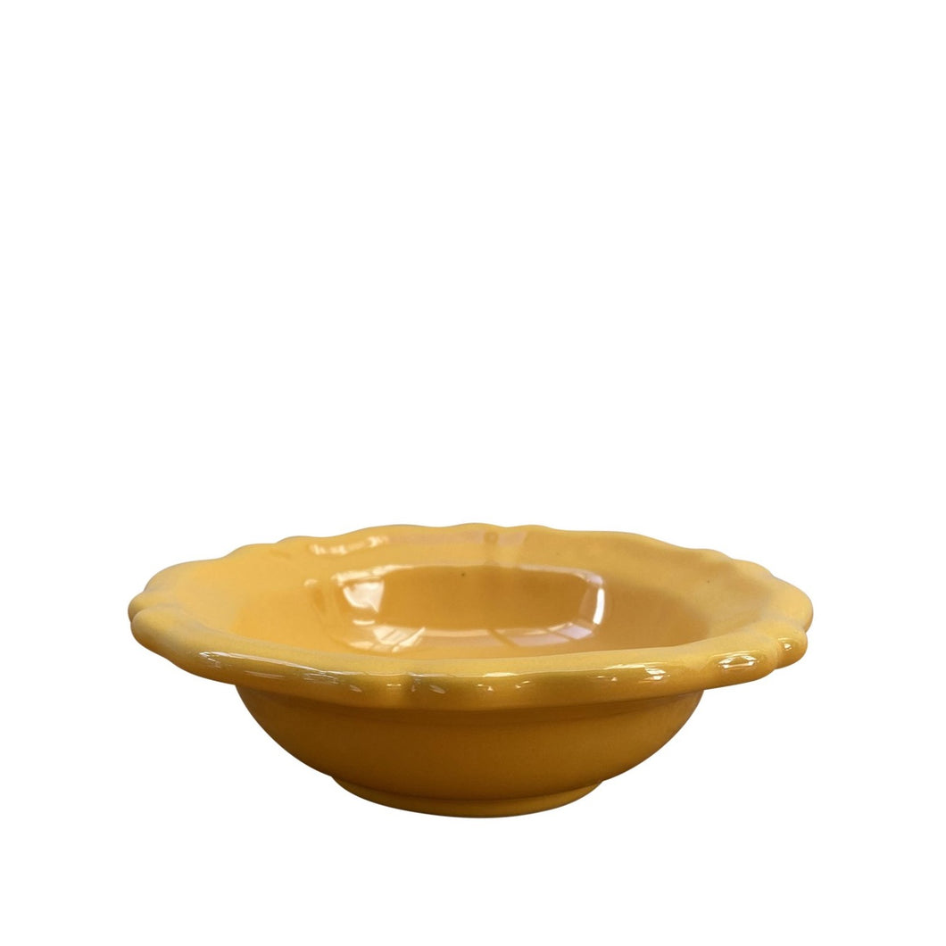 Small ceramic scalloped bowl - yellow, Puglia, Italy