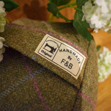 F&B International - Handmade Tweed Doorstops
