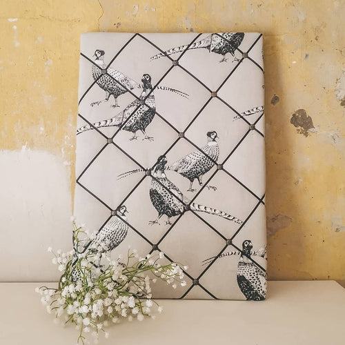 Make you own memo board with this crafting kit - simply select your fabric and make  your own!