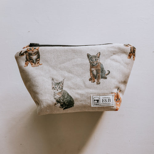 F&B - Handmade cat and kitten wash bag and make up bag - perfect for gifts