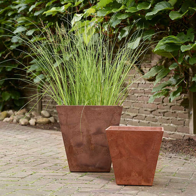 Ella Artstone Outdoor Plant Pot - Rusty Oak - Planter with Grasses