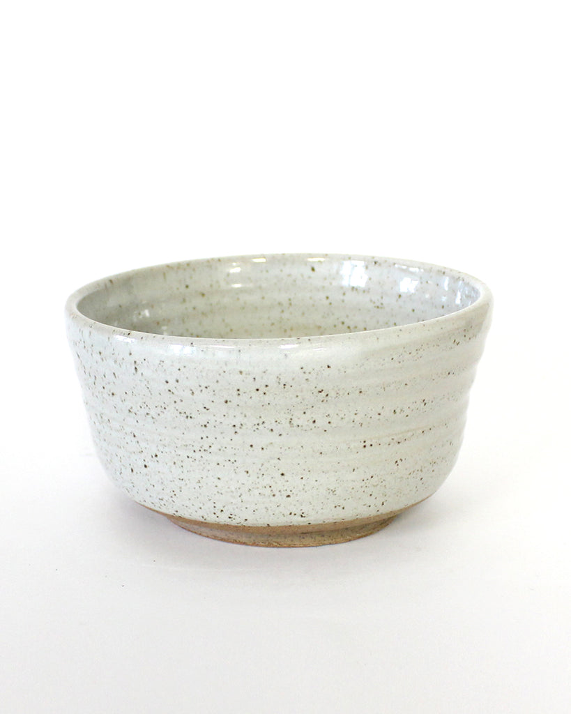 KITCHEN POTTERY Deep Dowl (speckled egg shell)