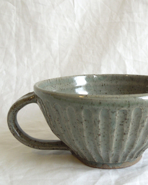 KITCHEN POTTERY Fluted Cup (Moss)