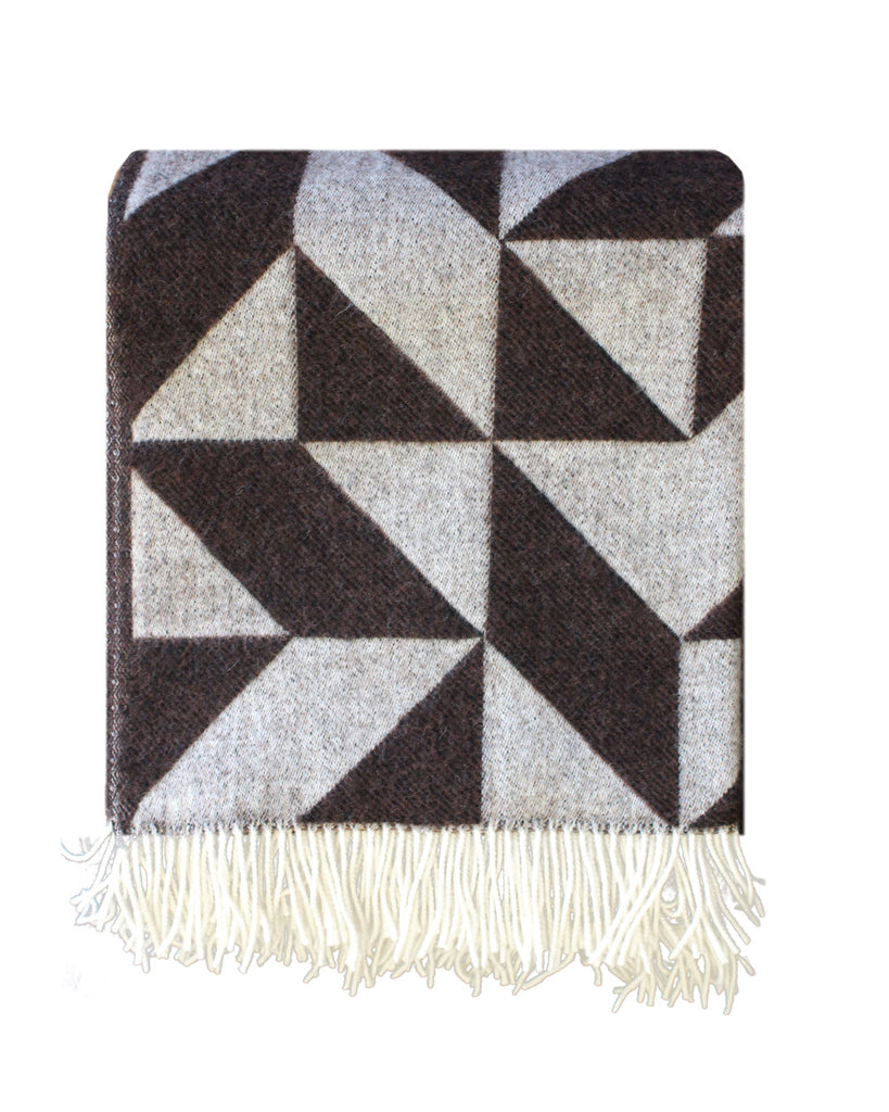 GEO BLANKET: CHARCOAL BROWN