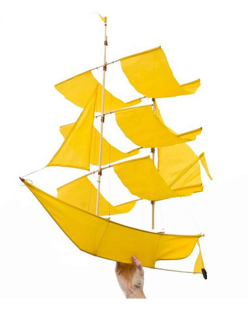 SAILING SHIP KITE SAFRON YELLOW