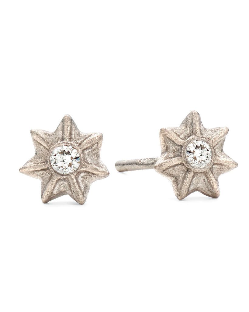 V. WALKER POPPY SEED STUDS (white gold)
