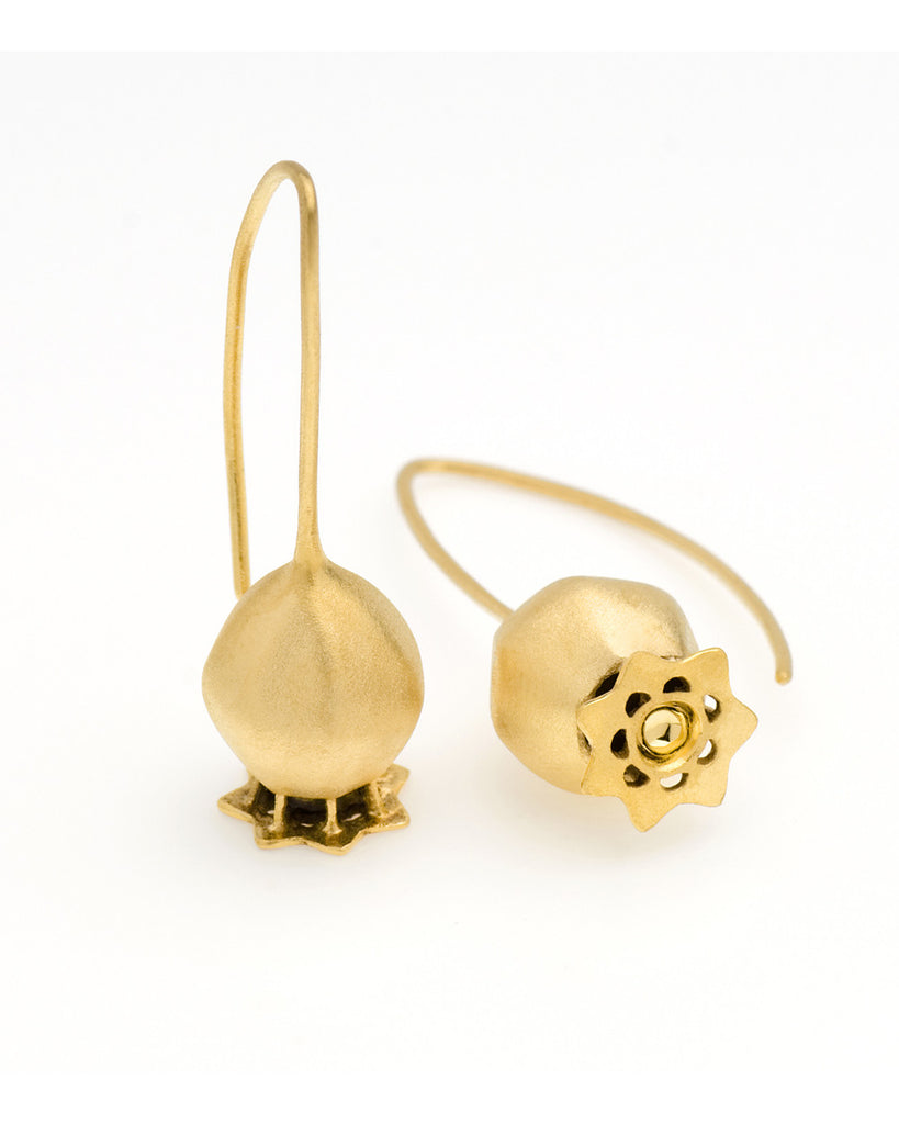 V. WALKER POPPY SEED POD EARRINGS (GOLD)