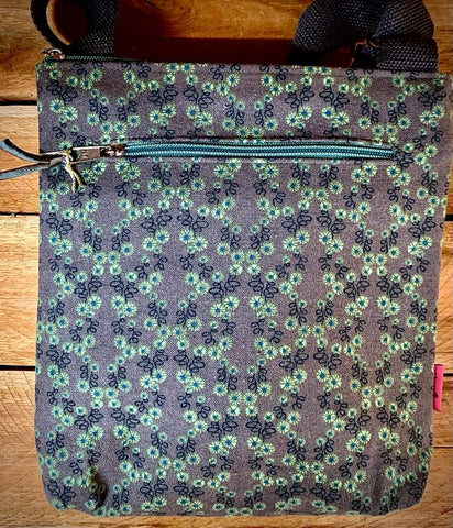 Mint flower medium messenger bag