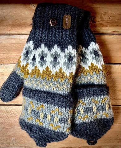 Hand knitted Grey pattern Hunter Gloves