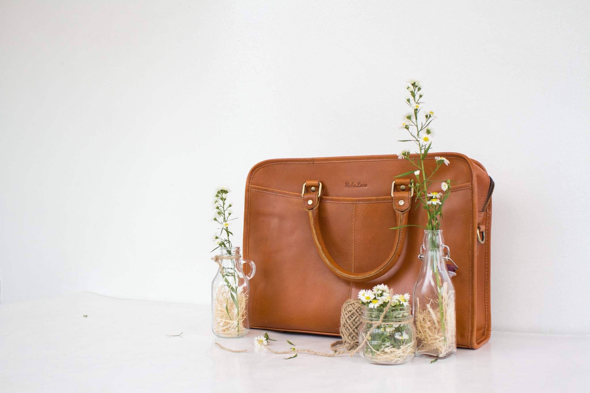 Step into Spring with a Fresh Niche Lane Bag!