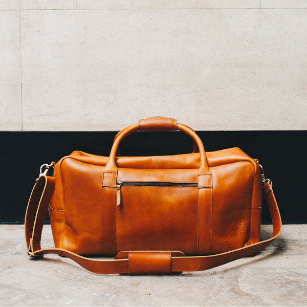 Men's leather travel bag tan