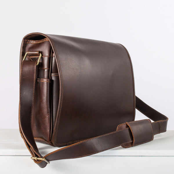 Leather messenger bag for men with laptop compartment – Niche Lane a799e6a9cce