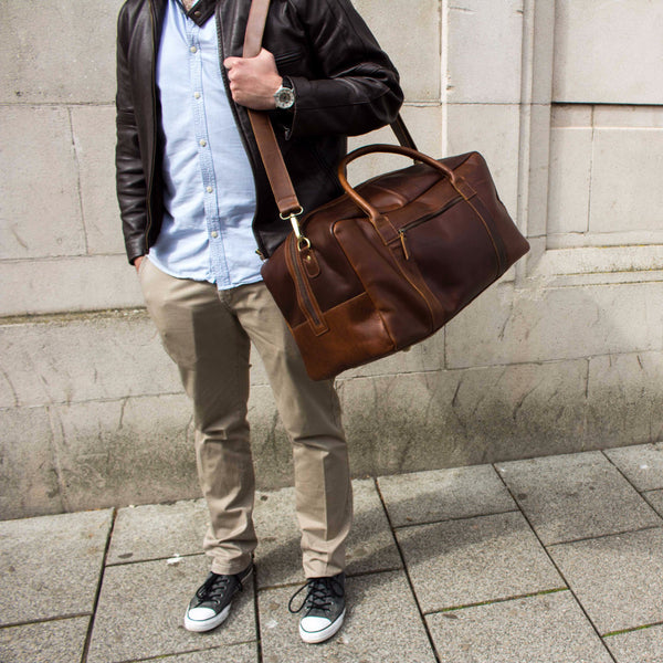 cb7f9dad6 Men s leather holdall in dark brown or tan perfect weekend bag ...