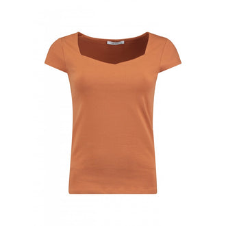 Noa Hazel Sweetheart Neck T-Shirt
