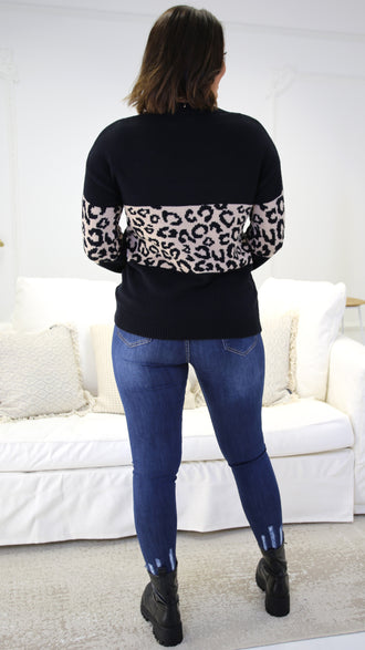 Meredith Blue Leopard Print V-Neck T-Shirt