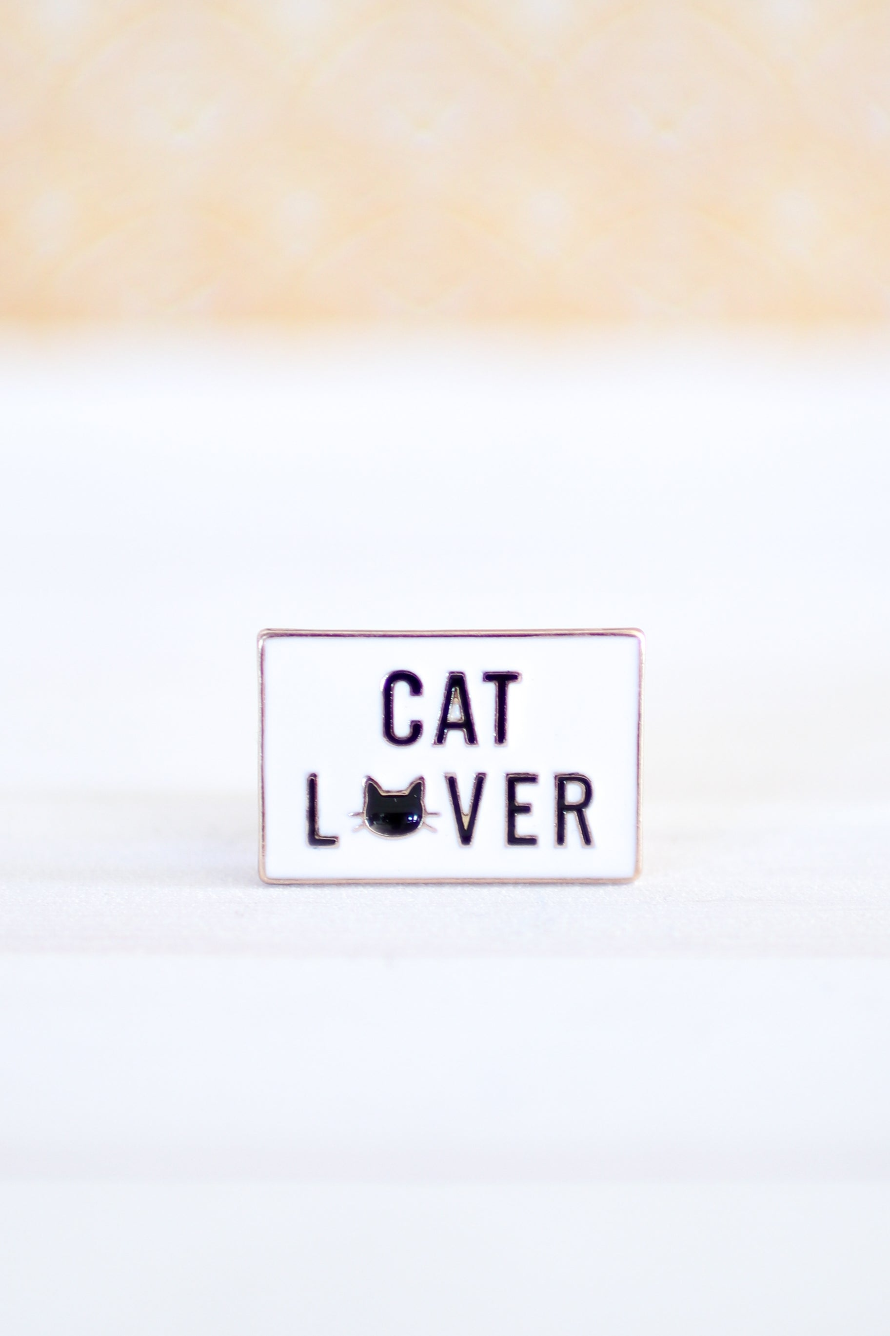 CAT LOVER PIN