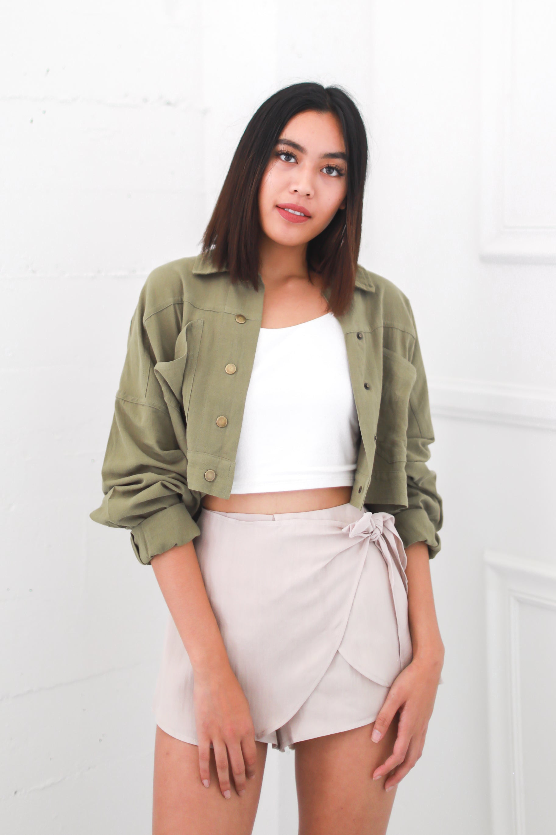 OLIVE CROPPED MILITARY JACKET