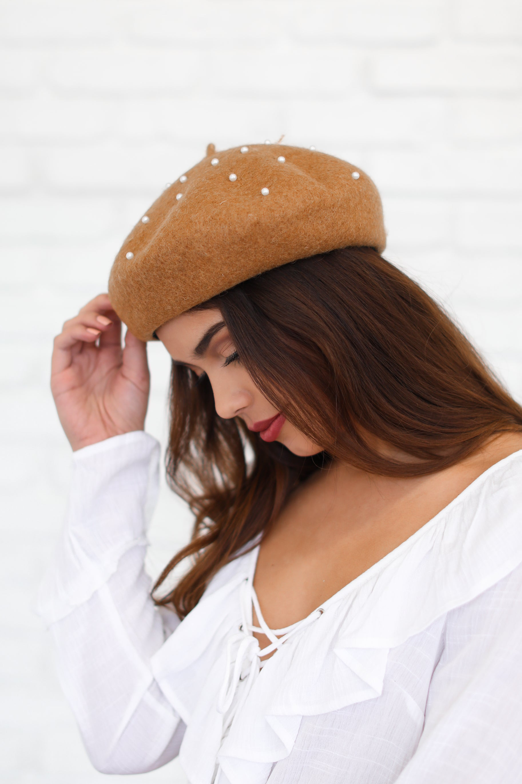SYLVIA TAN BERET WITH PEARLS