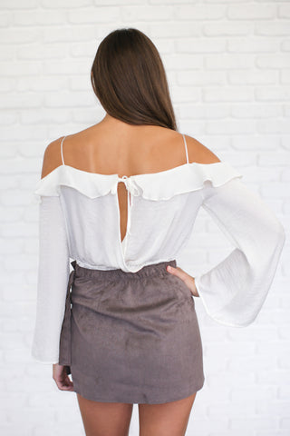 ABBY OFF THE SHOULDER TOP