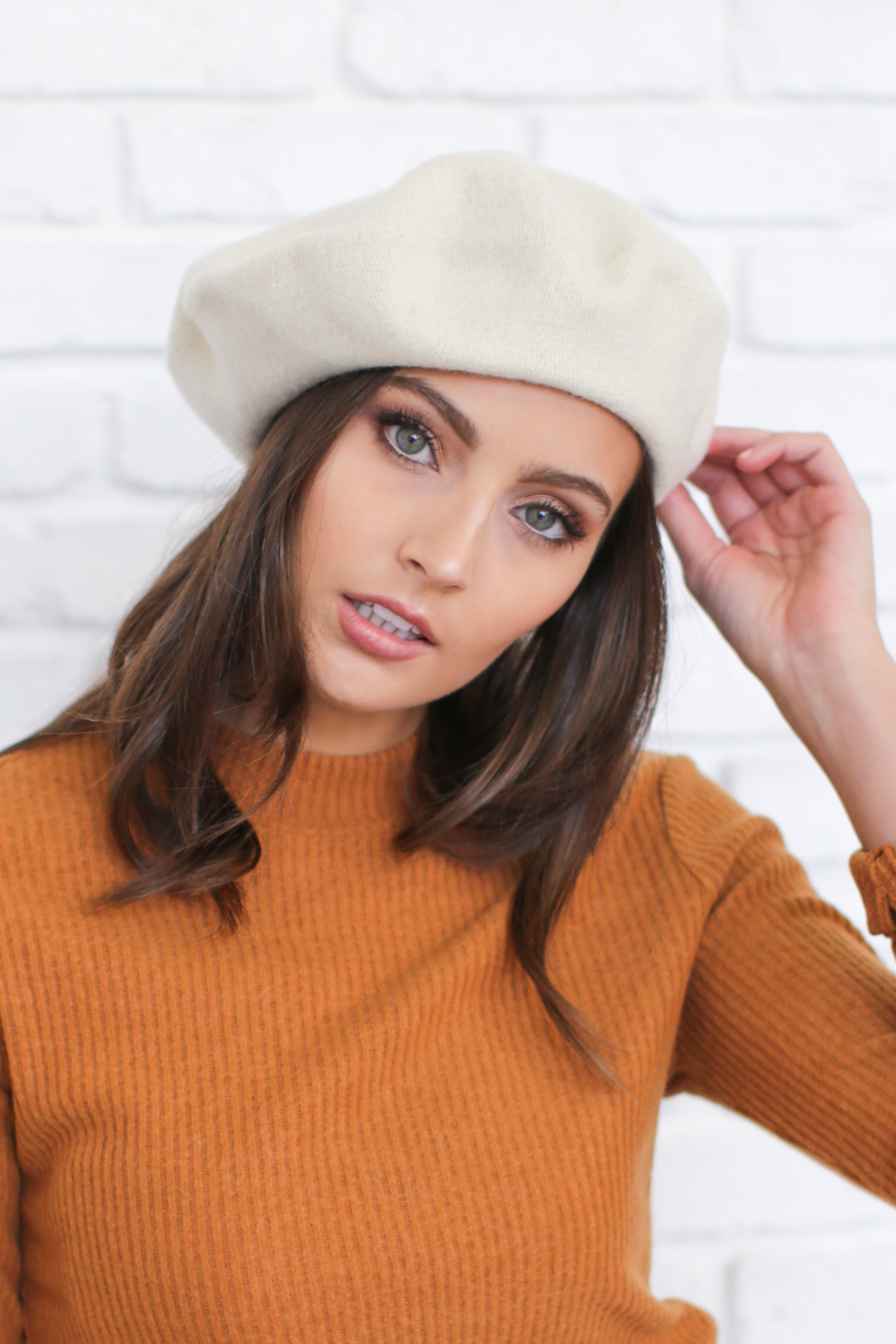 AUDREY WOOL BERET IN CREAM