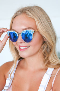 ZOE SUNNIES IN BLUE
