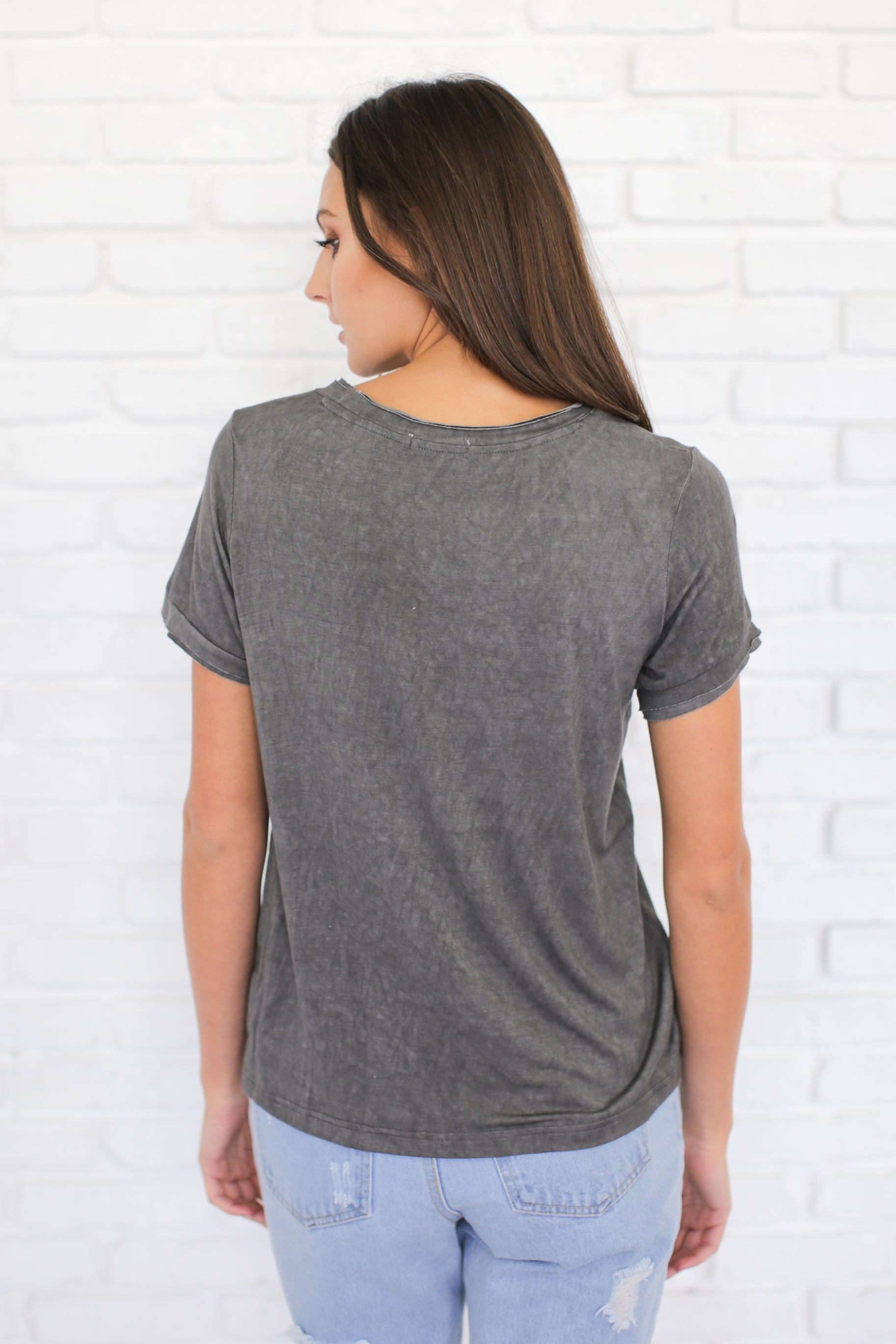 VINTAGE GREY WASHED TEE