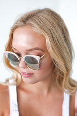 ZOE SUNNIES IN PINK