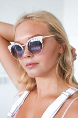 ZOE SUNNIES IN WHITE