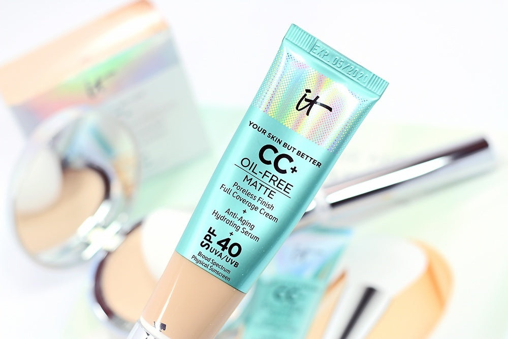 IT Your Skin But Better CC+ Cream Oil-Free Matte SPF 40 Foundation - Kastle-Junction.com