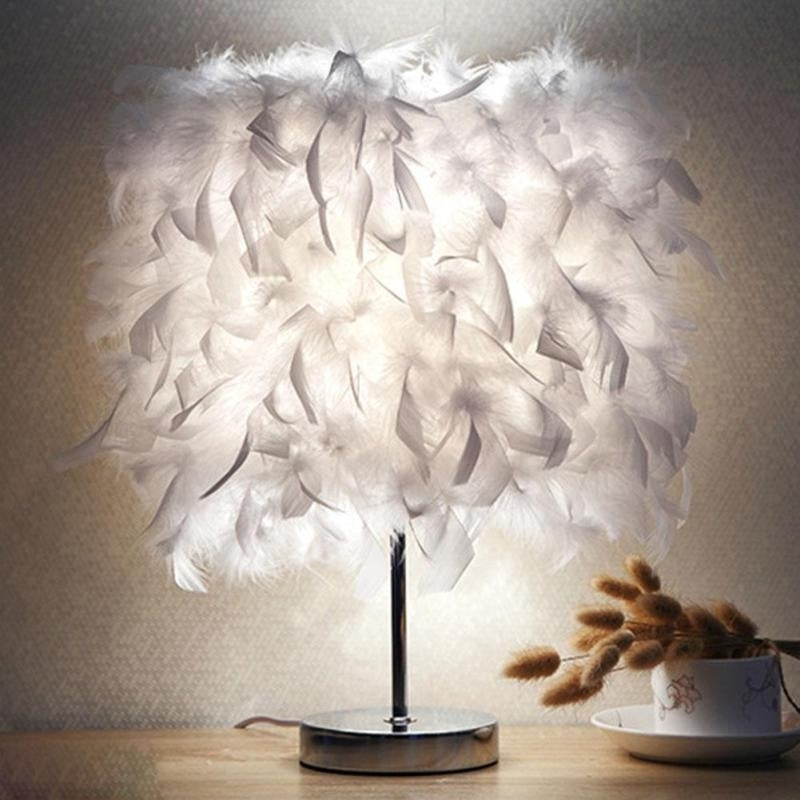 White Creative Fashion Feather Lamp
