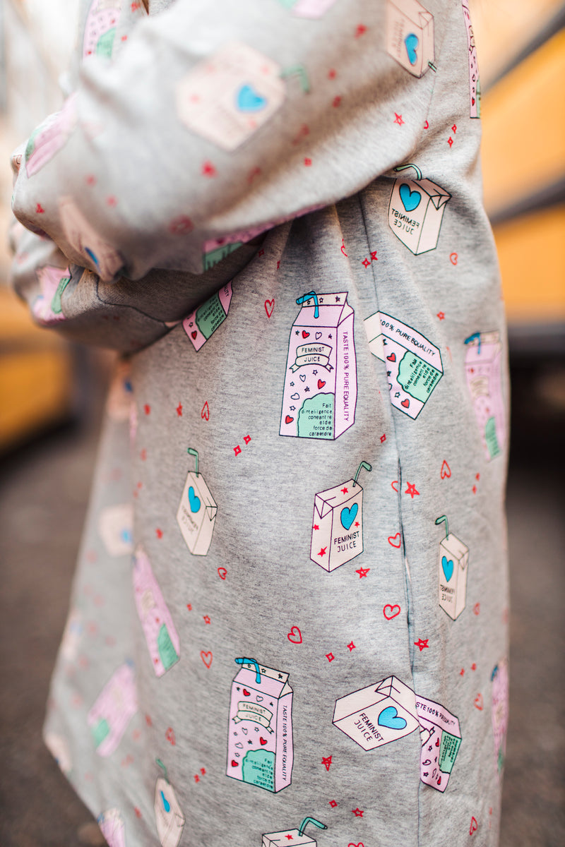 Shop online for this beautiful grey Equality Dress, made for girls by BIRDZ. Free shipping on orders over 75$ CA & over $100 US. Get 10% off your first order. Order online !