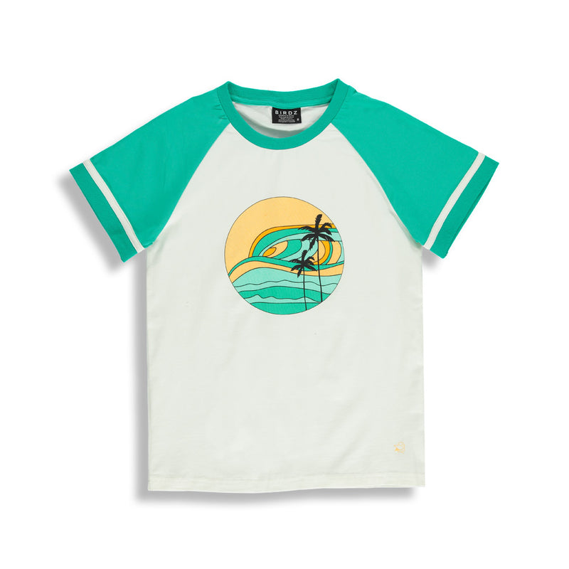 Shop online for this beautiful Mint Sunset Retro Tee,  a top for women, made by BIRDZ. Free shipping on orders over 75$ CA & over $100 US. Get 10% off your first order. Order online !
