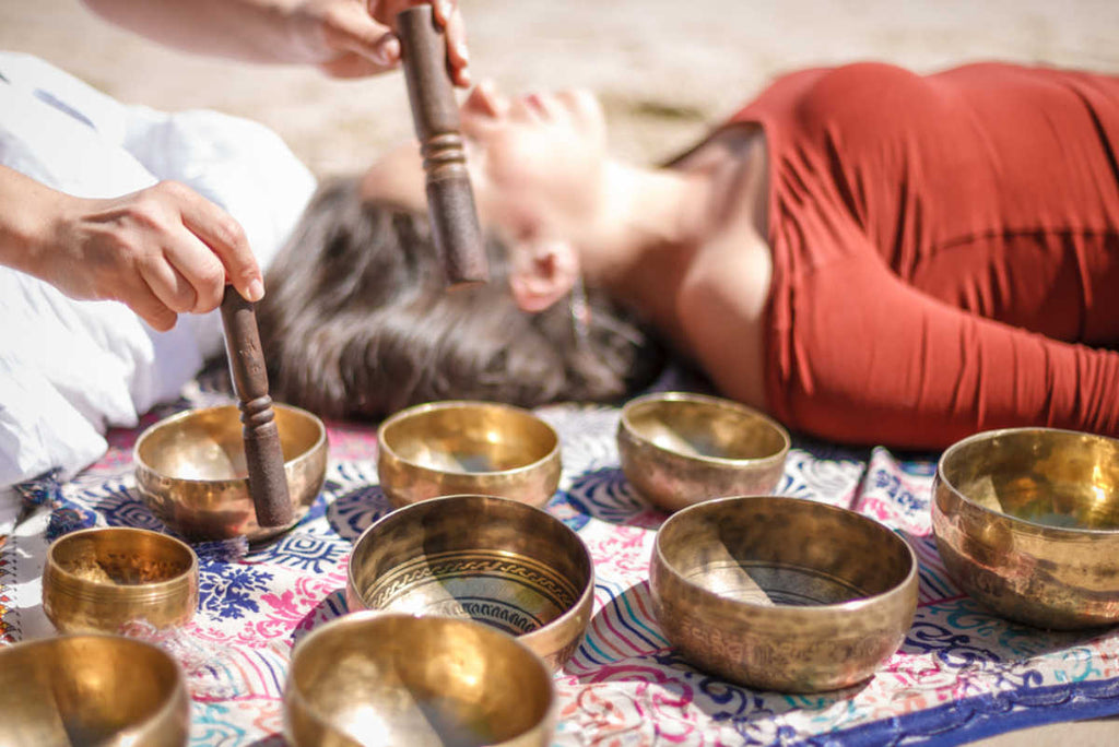 Can a Singing Bowl Strengthen Your Immune System? A Closer Look at Sound Therapy