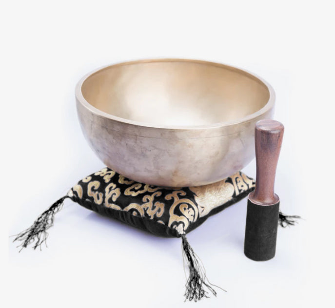 Load image into Gallery viewer, Handmade Lingam Singing Bowl ~ Best for Chakra Healing, Meditation And Yoga