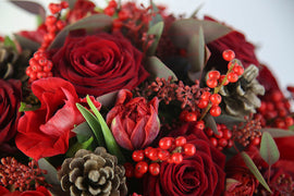 Christmas Cracker Festive Bouquet, Flowers - Oasis Florists