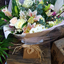 oasis-florists-antique-rose-bouquet-terenure-delivery