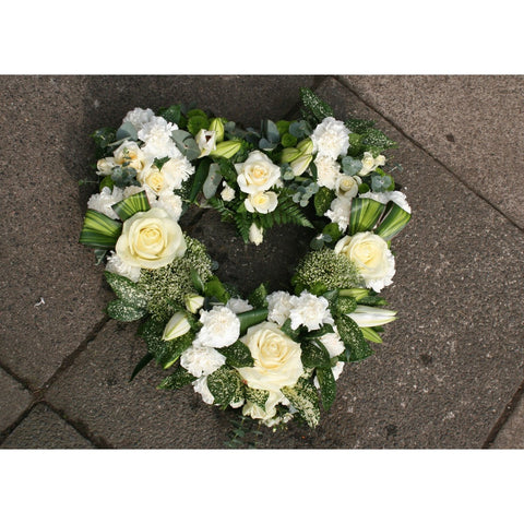Open Heart, Wreath - Oasis Florists