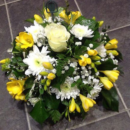 sympathy-flowers-posie-oasis-florists-terenure-dublin-delivery-funeral