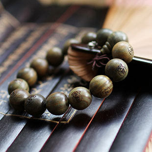 Fashion Natural Green sandalwood 15mm Big Beads Carved Buddha Bracelet