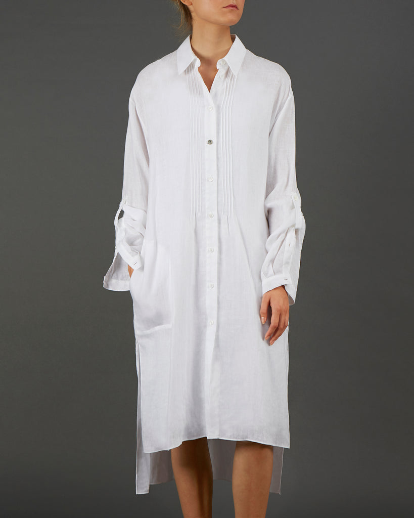 Alana WW022  An effortless and relaxed pure linen long line shirt.