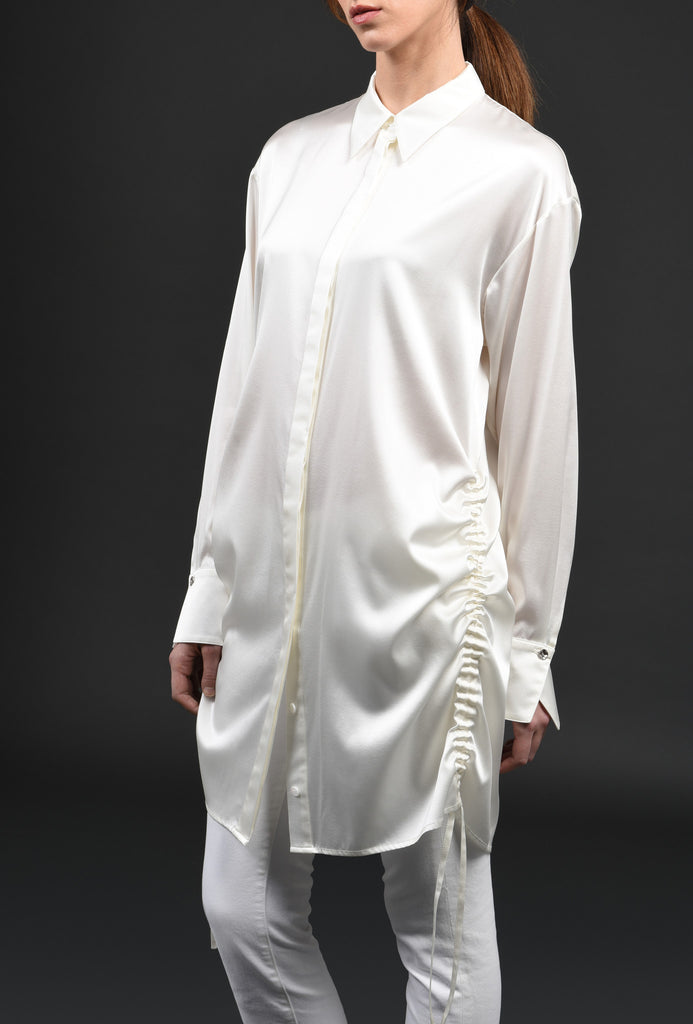 White and White Shirt WW03 Long fluid and versatile