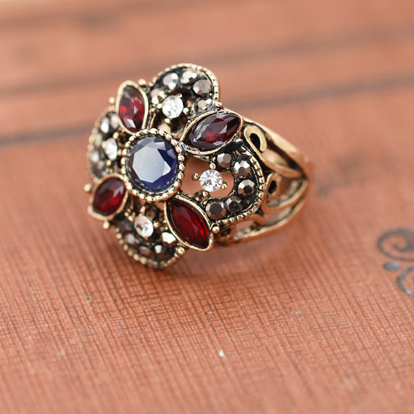 Square set victoriana style ring
