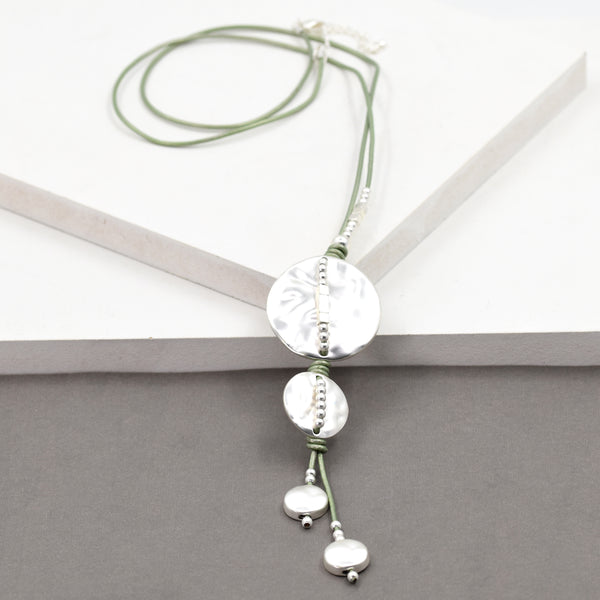 Lariette style necklace with soft hammered disc pendants