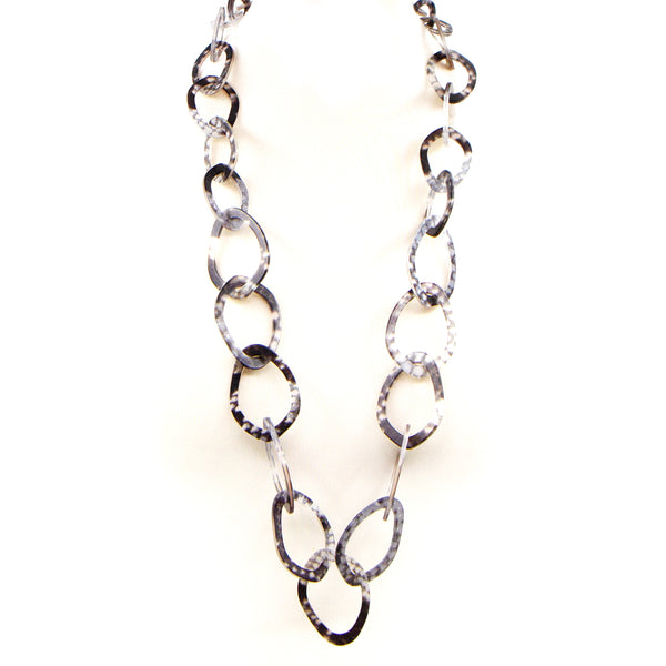 Subtle snake resin open link long necklace