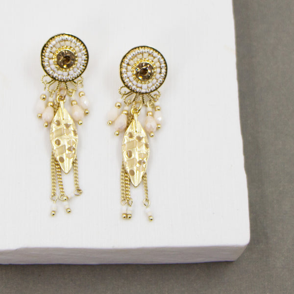 Crystal, beads and feather motif boho style earring